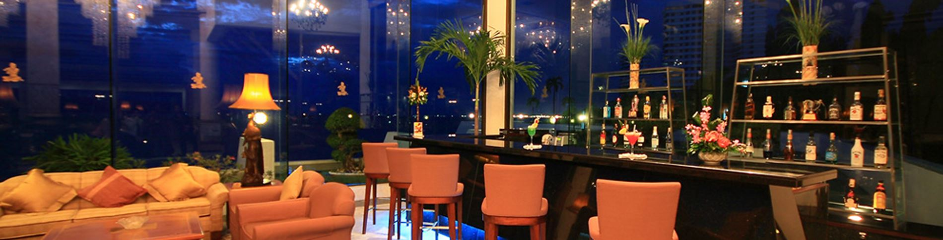 THE BAR @ ROYAL WING SUITES & SPA