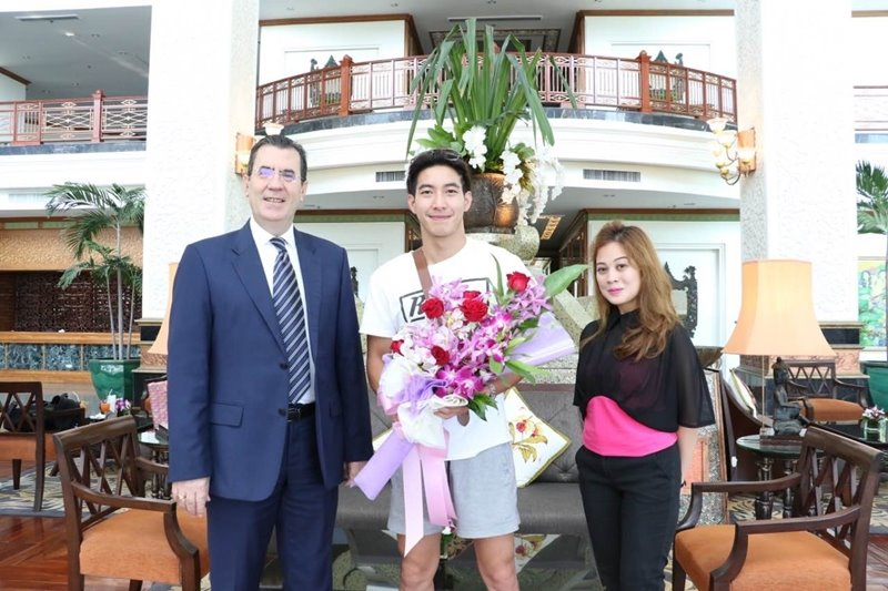 Royal Cliff Welcomes Famous Thai Superstar Tono Pakin