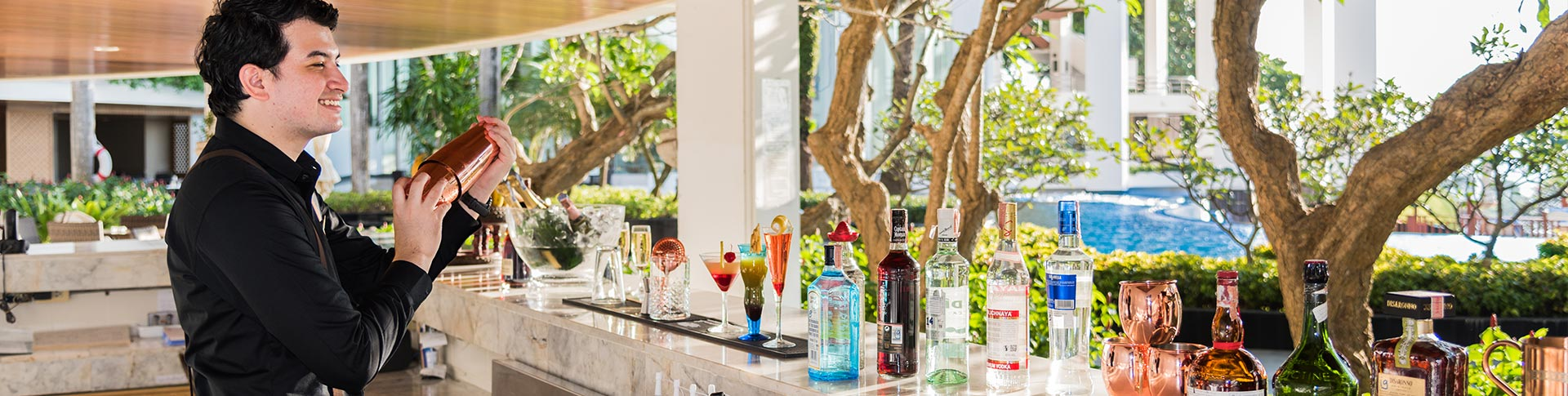 THE BAR @ ROYAL CLIFF GRAND HOTEL